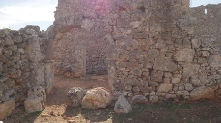 konzervált : Wide view of well preserved ancient city of Lyrboton Kome in Turkey, used as an olive oil production site.