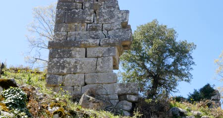 以上 : Pisidian city Thermessos built at an altitude of more than 1000 metres near Antalya in Turkey.