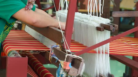 hedvábí : traditional textile process by handmade in Thailand