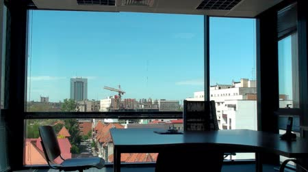 hivatal : Office With A Beautiful View Of Downtown, Skyline, Building, Office Stock mozgókép