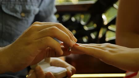 öneri : Young Couple In Love, Marriage Proposal, Ring, Romance, Park, Hand Detail, Pan