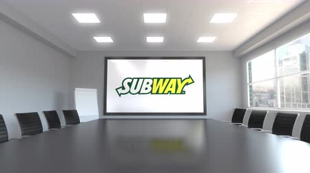 franczyza : Subway logo on the screen in a meeting room. Editorial 3D animation Wideo