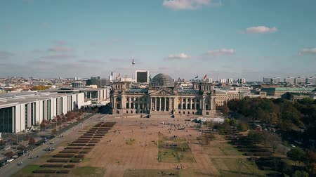 bundestag : Aerial view of the Reichstag building in Berlin, the most popular German landmark Stock Footage
