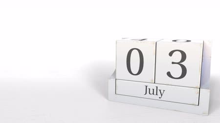 harmadik : Wooden blocks calendar shows July 3 date, 3D animation