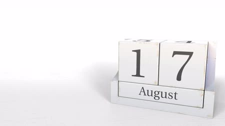 seventeen : August 17 date on vintage cube calendar, 3D animation