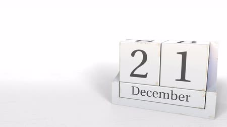 календарь : December 21 date on retro blocks calendar, 3D animation