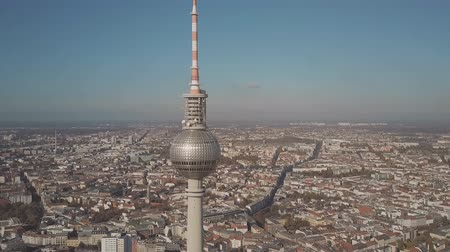 gözlem : BERLIN, GERMANY - OCTOBER 21, 2018. Aerial hyperlapse of Berliner Fernsehturm or TV Tower