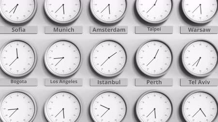 dakika : Round clock showing Istanbul, Turkey time within world time zones. 3D animation Stok Video