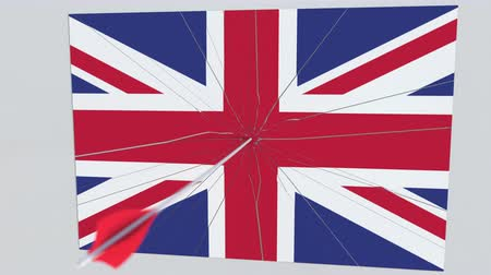 okçuluk : Flag of GREAT BRITAIN plate being hit by archery arrow. Conceptual 3D animation