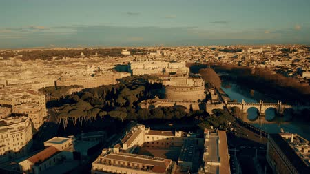霊廟 : Aerial view of the Mausoleum of Hadrian, known as Castel SantAngelo, and famous Ponte SantAngelo bridge. Rome, Italy
