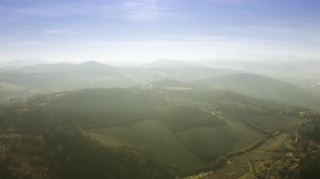 montanhoso : Aerial view of beautiful sunlit hilly landscape of Emilia-Romagna region. Bologna, Italy Vídeos