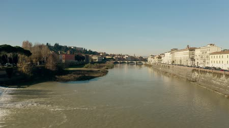 arno : Low altitude aerial shot of the Arno river in Florence. Italy Stock Footage