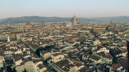 skyline firenze : Aerial view of the centre of Florence in the evening. Tuscany, Italy Filmati Stock