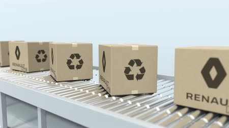 パック : Cartons with RENAULT logo move on roller conveyor. Loopable editorial 3D animation 動画素材