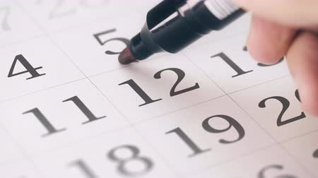 sınırları : Marked the twelfth 12 day of a month in the calendar transforms into DUE DATE reminder