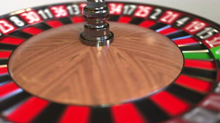 probabilidade : Casino roulette wheel ball hits 16 sixteen red. 3D animation