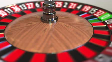 ruleta : Casino roulette wheel ball hits 5 five red. 3D animation