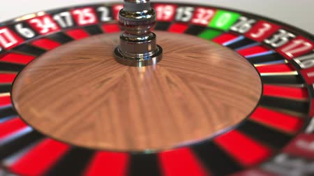 perdedor : Casino roulette wheel ball hits 30 thirty red. 3D animation