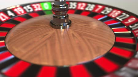 otuzlu yıllar : Casino roulette wheel ball hits 34 thirty-four red. 3D animation Stok Video