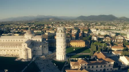 toscana : Aerial shot of famous Leaning Tower of Pisa. Italy Vídeos