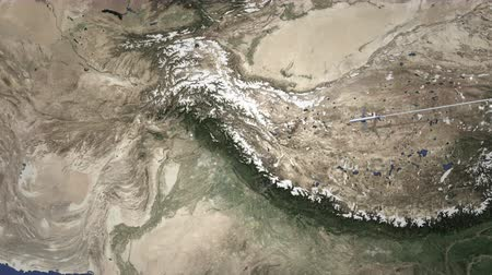Пакистан : Route of a commercial plane flying to Islamabad, Pakistan on the map. Intro 3D animation