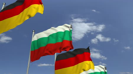búlgaro : Row of waving flags of Bulgaria and Germany, loopable 3D animation