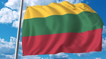 litvánia : Waving flag of Lithuania on sky background. 3D animation