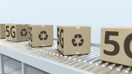 reciclado : Cartons with 5G text on roller conveyor. Loopable 3D animation