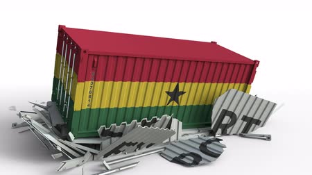 transporte de carga : Cargo container with flag of Ghana breaks container with EXPORT text. Conceptual 3D animation Archivo de Video