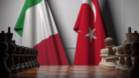 drapeau turc : Chess game against flags of Italy and Turkey. Political competition related 3D animation Vidéos Libres De Droits