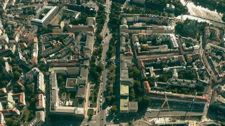 bajor : Aerial down view of streets and buildings in Munich near the River Isar, Germany Stock mozgókép