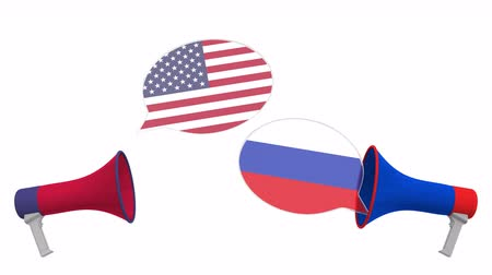 megafono : Speech bubbles with flags of Russia and the USA. Intercultural dialogue or international talks related 3D animation Filmati Stock