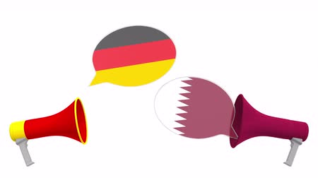 debat : Speech bubbles with flags of Qatar and Germany. Intercultural dialogue or international talks related 3D animation Vidéos Libres De Droits