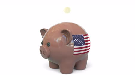 kuruş : Putting money into piggy bank with flag of the United States. Tax system system or savings related conceptual 3D animation Stok Video