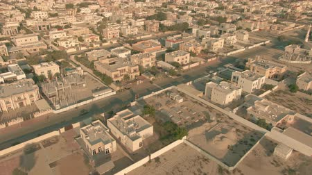 residencial : Low altitude aerial view of residential area of Dubai, United Arab Emirates