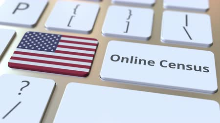 düğmeler : Online Census text and flag of the USA on the keyboard. Conceptual 3D animation Stok Video