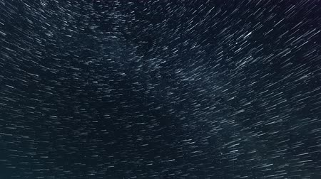 perseids : A stars moves and turnes, time lapse shooting on long exposure