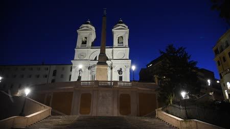 antikvitás : Rome Trinita dei Monti church, spanish steps and realism video in the early morning