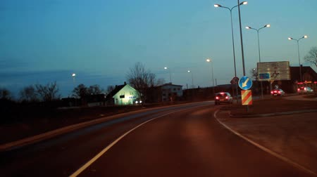 droga : Time lapse video of driving on a road at night.