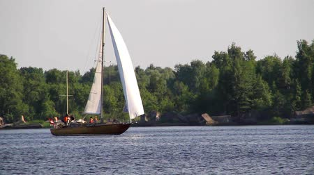 személyszállító hajó : Sailing near the coast, on the Daugava river, in Riga, Latvia. Stock mozgókép
