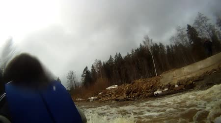 kano : Whitewater rafting, in Latvia. Stok Video
