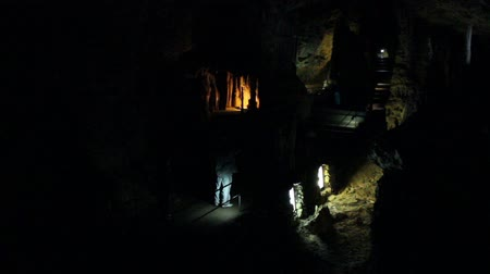 barlang : Caves