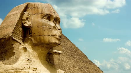 pyramida : Timelapse clouds quickly fly over the Sphinx 4K