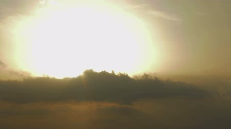 wróżba : Time-lapse of sunrise. Battle between good and evil. Rays of hope after crisis