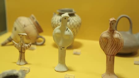 terracota : Ancient terracotta toys for children, antique pottery exhibits on museum display Stock Footage