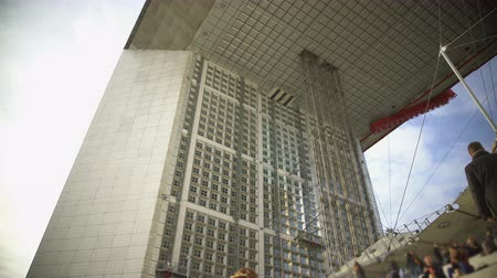 arche : Bottom view on amazing Grande Arche de la Fraternite in Paris, architecture