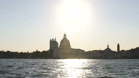 fascinante : Fascinating view of Roman Catholic church Santa Maria Della Salute, Italy