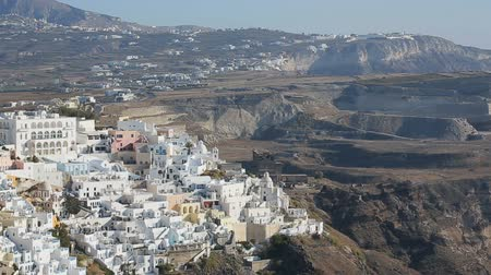 vulkán : Fira town located on volcanic islands, travel to Santorini, aerial panorama