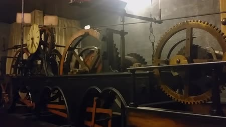 турель : Ancient clock mechanism measuring time at Lviv City Hall, technical progress