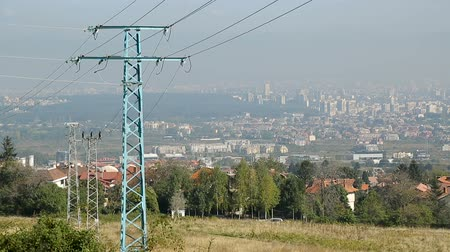 olasılık : Big city lying afar spreading up to horizon, overviewed from suburban fields
